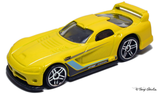 File:Dodge viper gtsr yellow.png