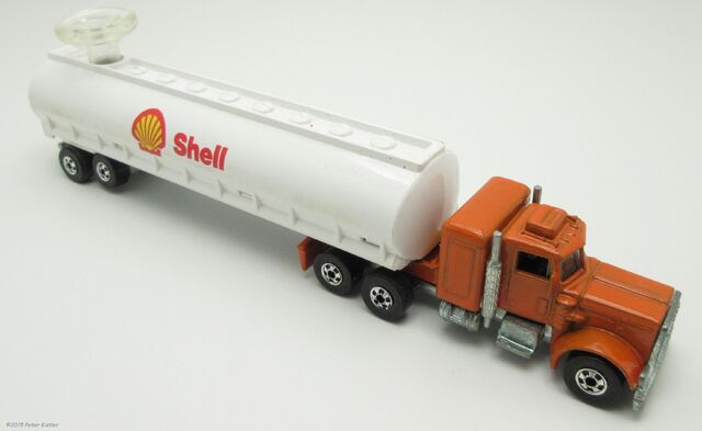 File:Kenworth Tanker-24681.jpg