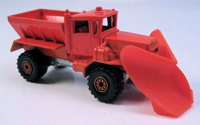 File:Oshkosh snowplow orange all metal malaysia orange CT wheels.JPG