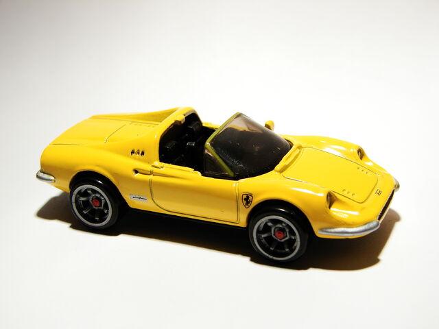 File:Ferrari Dino 246 GTS 01.jpg