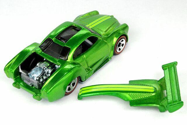 File:Volkswagen Karmann Ghia Classics Open - 8785df.jpg