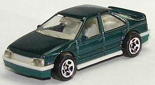 File:Peugeot 405 Grn.JPG