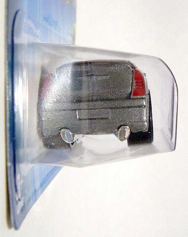 File:HW Chrysler-300C Blings Silver 2005 08 DSCF8160.jpg