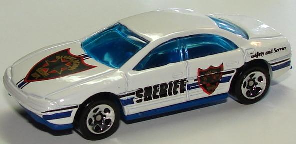File:Oldsmobile Aurora Wht.JPG