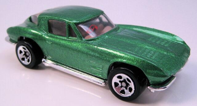 File:63 split window corvette green 5sp.JPG