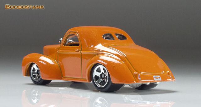 File:Willys 41 Coupe 09 LR Lo Thomas.jpg