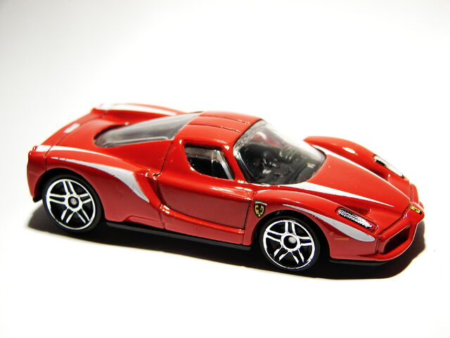File:Ferrari Enzo 05.JPG