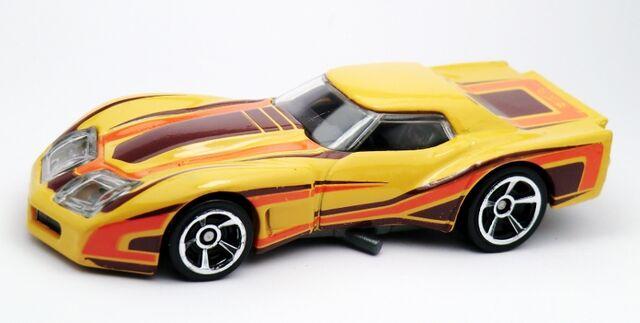 File:'76 Greenwood Corvette-2013 201.jpg