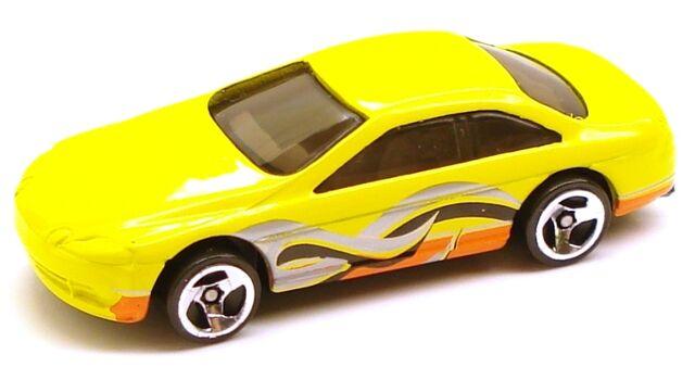 File:Lexussc400 yellow.JPG