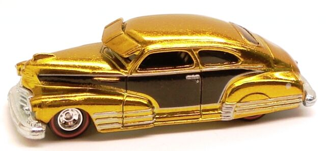 File:47chevyfleetline classic yellow chase.JPG