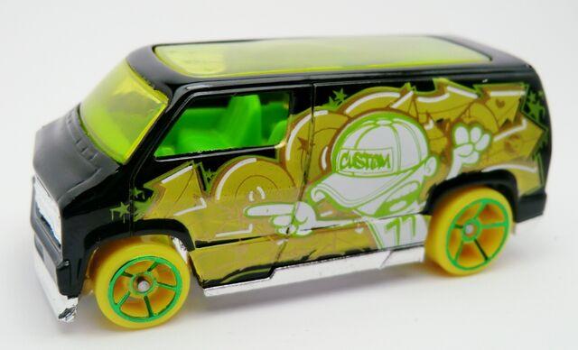 File:Custom '77 Dodge Van-2013 32.jpg
