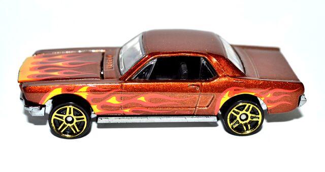 File:2011 '65 Mustang Hardtop 002 50 brightness.jpg