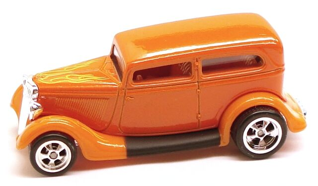 File:34FordSedan Garage Orange.JPG