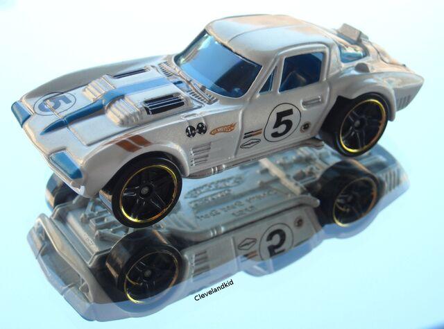 File:Corvette Grand Sport white mys.jpg