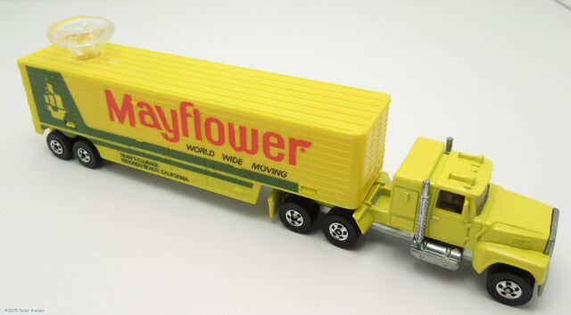 File:Ford LTL Moving Van-24690.jpg
