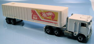 Kenworth steering rig hot wheels racing team trailer