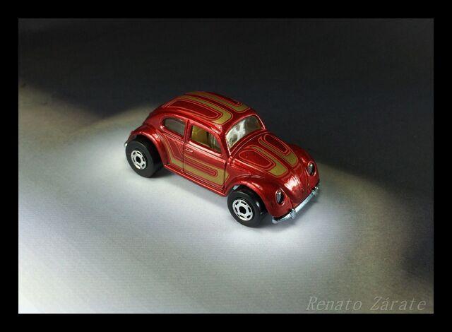 File:Volkswagen 6 pack 2011.jpg