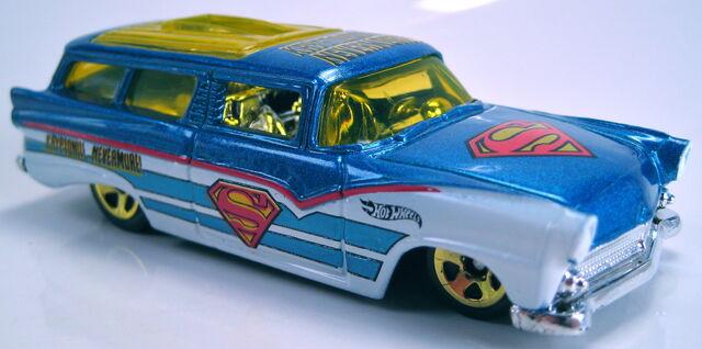 File:8 crate superman series kroger 2013.JPG