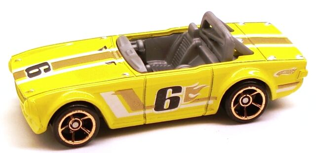 File:TriumphTR6 FTE Yellow.JPG
