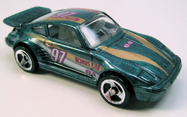File:Porsche 930 bonus car 3sp.JPG