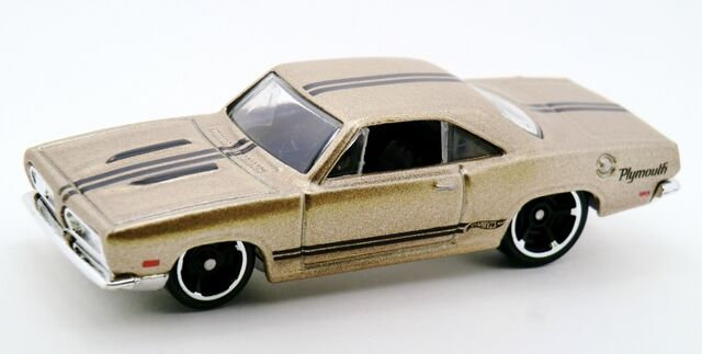 File:'68 Plymouth Barracuda Formula S-2014 239.jpg
