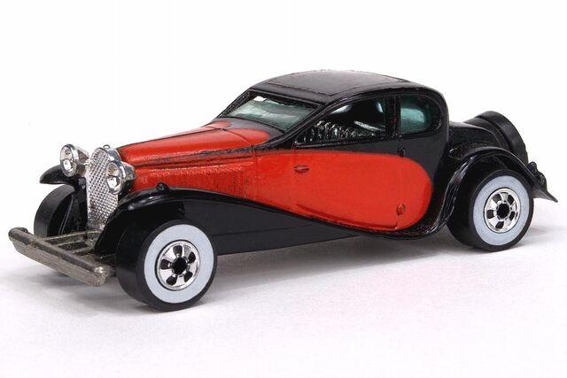 File:'37 Bugatti.jpg