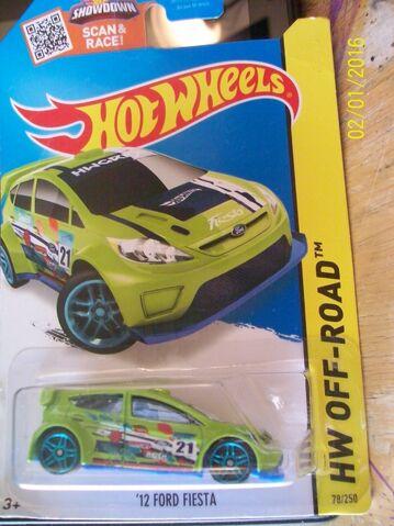 File:'12 Ford Fiesta green.JPG