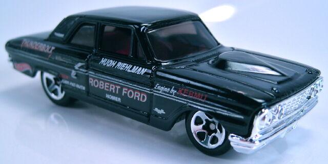 File:Ford Thunderbolt black 2001 first edition.JPG