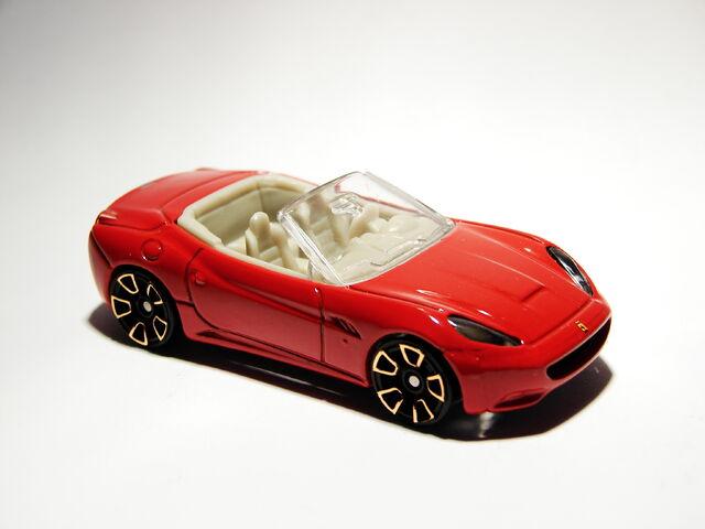 File:Ferrari California 02.JPG