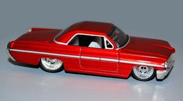 File:'62 Pontiac Bonneville 6 thumb.jpg