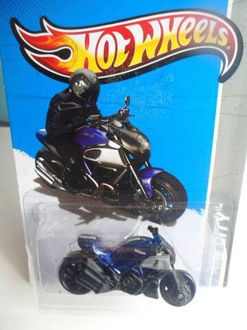 File:Ducati azul.jpg