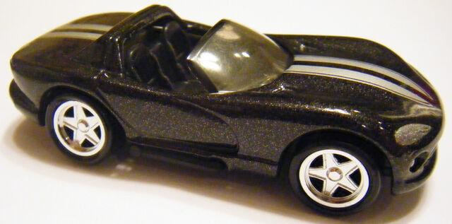 File:Viper RT10 - 96 Dodge Showroom.JPG