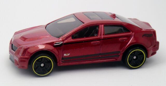 File:'09 Cadillac CTS-V-2013 152.jpg