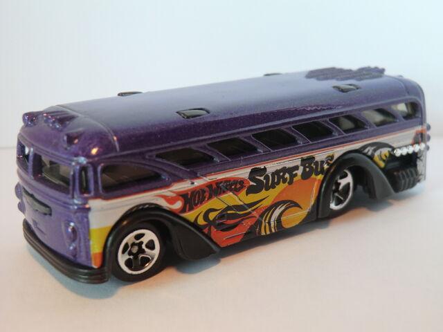 File:Surfin' School Bus CIMG1381.JPG