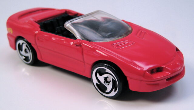 File:Camaro convertible red dw3 wheels.JPG
