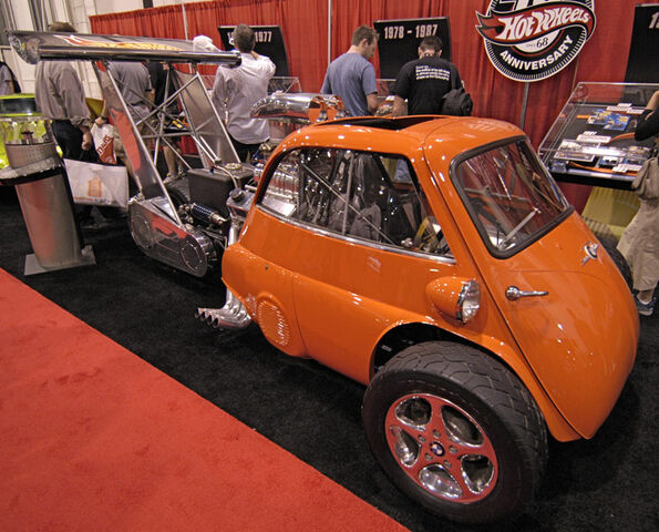 File:WhattaDrag Showcar.JPG