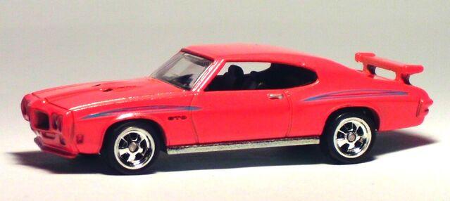 File:2012 Boulevard GTO Judge.jpg
