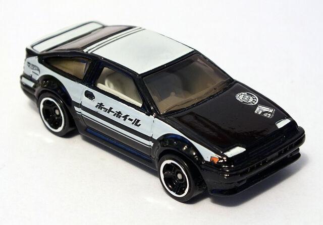File:2013 Toyota Corolla AE86.jpg
