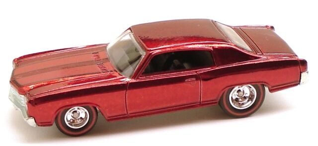 File:70monte classic red chase.JPG