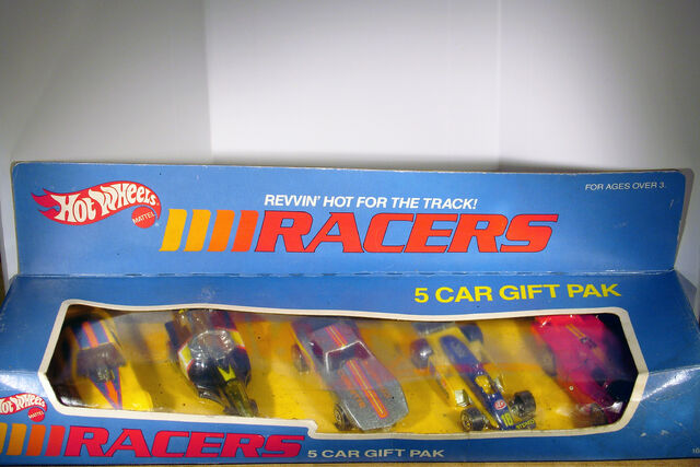 File:1989 Racers 5 Car Gift Pack.jpg