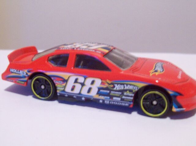 File:Race World Dodge Charger Stock Car.jpg