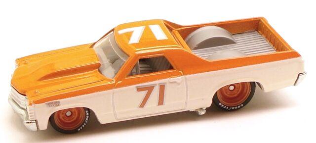 File:71ElCamino Garage Orange.JPG