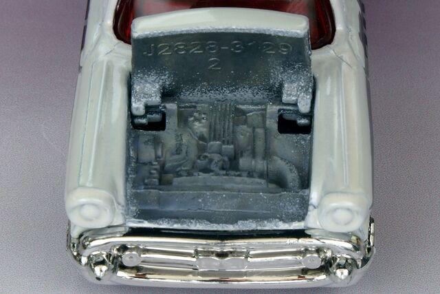 File:'57 Chevy Bel Air T.E.R. Detail - 2556bf.jpg