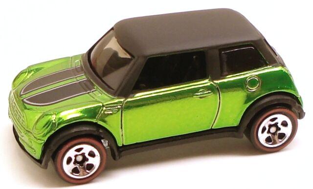 File:Mini classics green.JPG