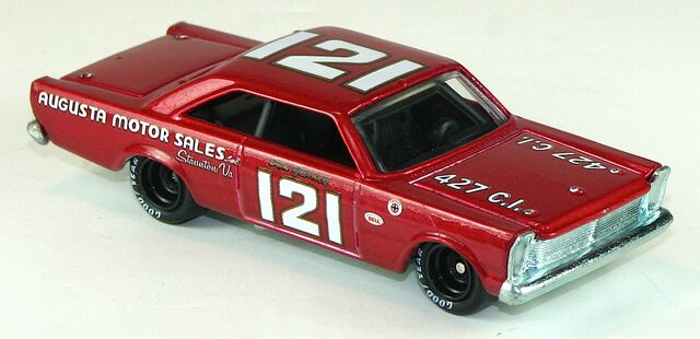File:2012-HWR-Stockcar-65FordGalaxie-Red.jpg