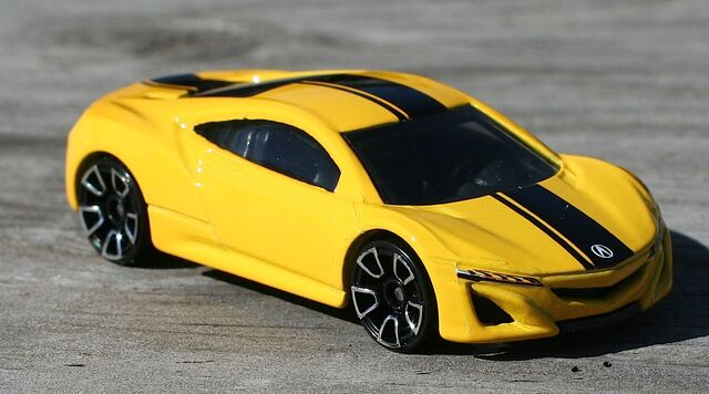 File:2015-191-12AcuraNSXConcept-Yellow.jpg