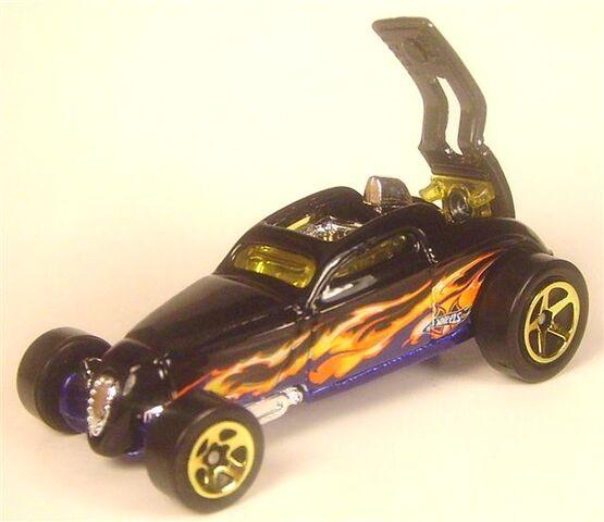 File:G6914 5 pk heat fleet 2 sooo fast open.JPG