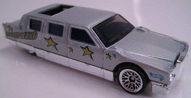 File:Limozeen grey show biz 5 pack car 1999.JPG