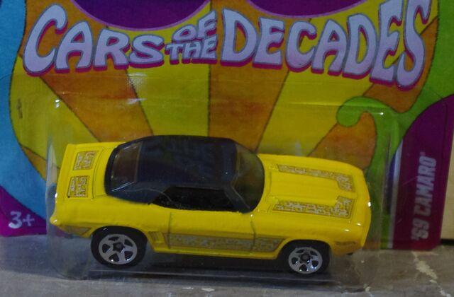 File:11 Decade Car 69 Camaro Yellow 5SPs top.JPG
