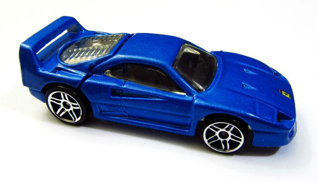 File:Ferrari F40 2001 ML 209.jpg